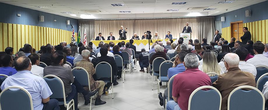 Sinthoresp recebe visita do governador de SP