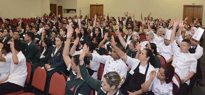 Trabalhadores do Tauá Hotel aprovam acordo de Banco de Horas