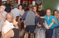 Aposentados da categoria fazem Baile da Saudade na primeira excursão do ano para Peruíbe
