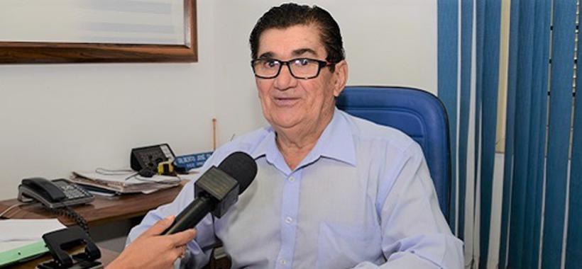 Diretor Gilberto incentiva plantão das dúvidas