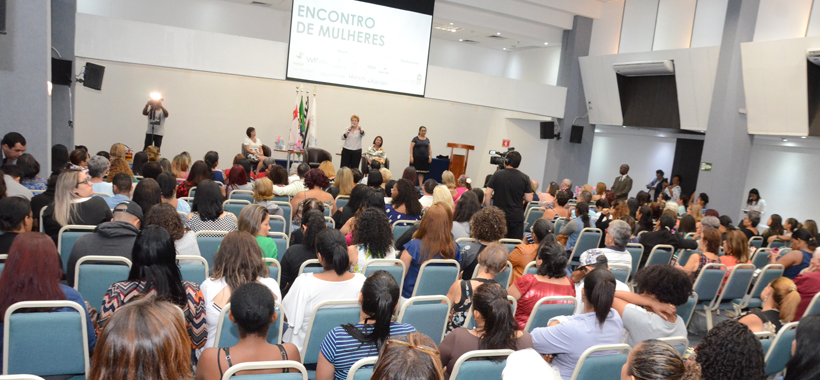 Encontro de Mulheres reúne mais de 200 participantes no Sinthoresp