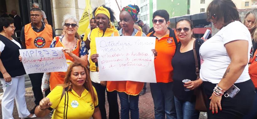 Sinthoresp reforça protesto de trabalhadoras contra a reforma da Previdência